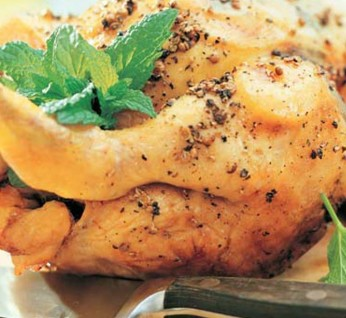 cold-poultry-sold-in-slices-by-weight embarazada