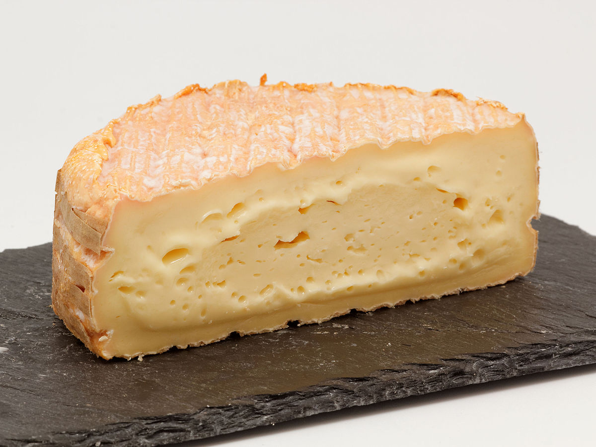 fromage-a-pate-molle-a-croute-lavee enceinte