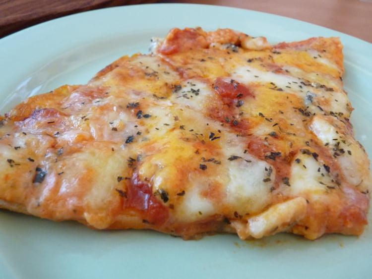pizza-quatre-fromages enceinte